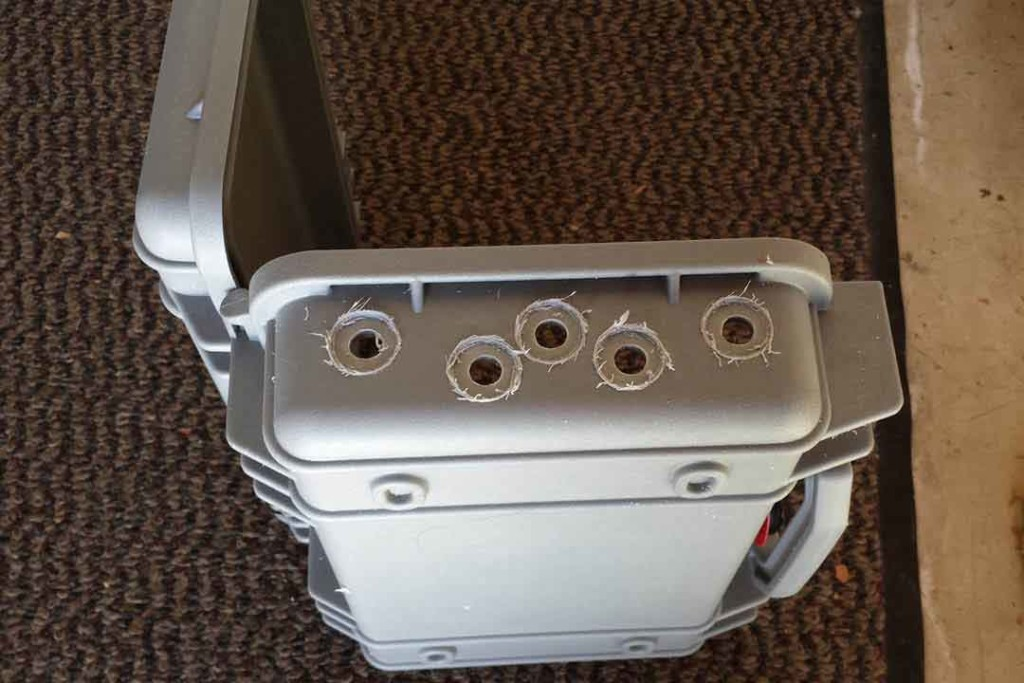 pelican case combiner box
